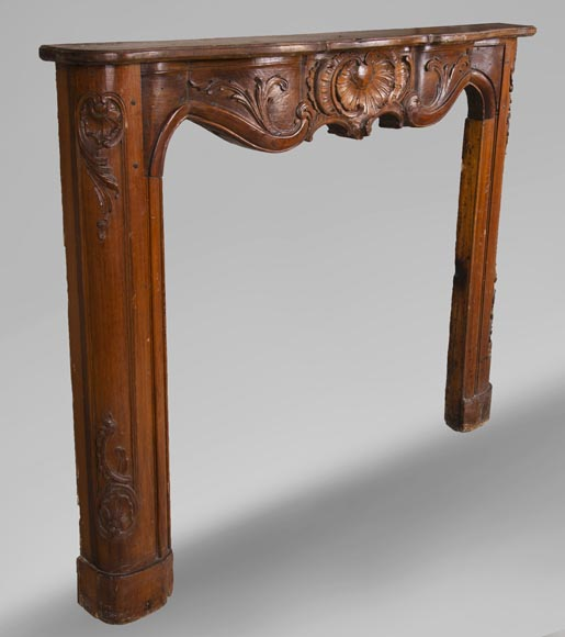 18th century carved walnut fireplace with large shell-4