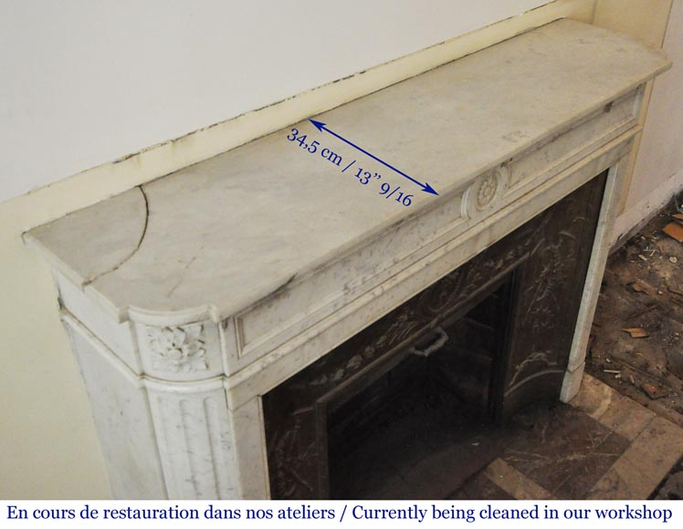 Antique Louis XVI style fireplace in Carrara marble with rounded corners-9