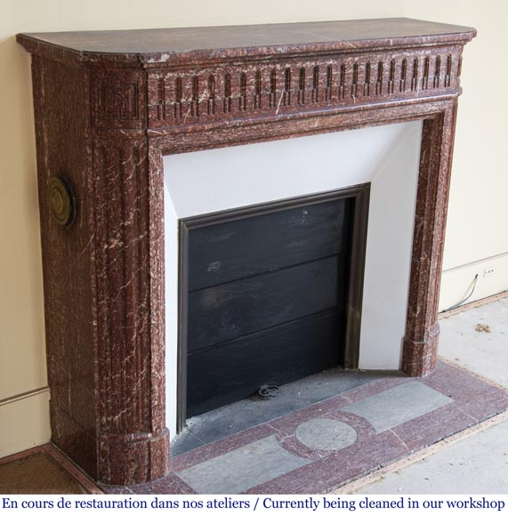 Antique Louis XVI style fireplace with rounded corners in Griotte marble from the Pyrenees-2