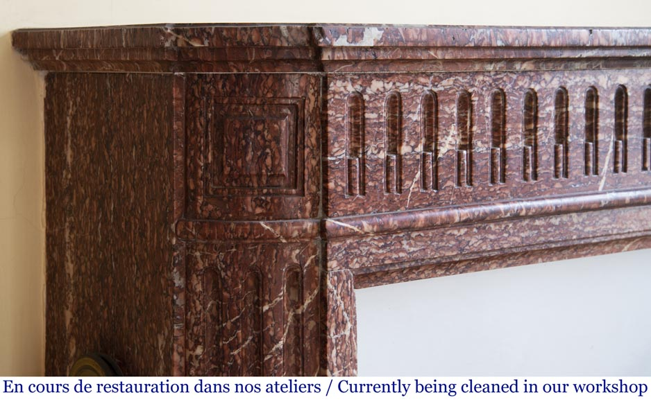 Antique Louis XVI style fireplace with rounded corners in Griotte marble from the Pyrenees-3