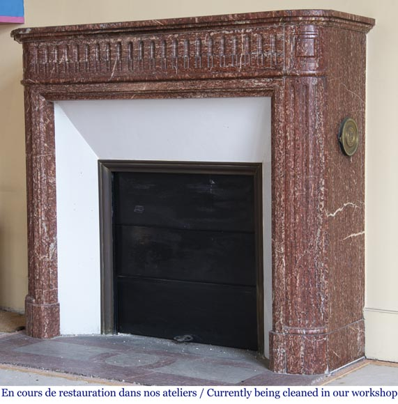 Antique Louis XVI style fireplace with rounded corners in Griotte marble from the Pyrenees-5