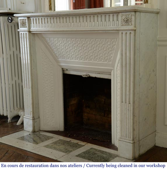 Antique Louis XVI style fireplace with rudentures, in Carrara marble-5