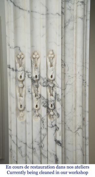 Antique Louis XVI style fireplace in Arabescato marble with garlands of laurel wreaths-4