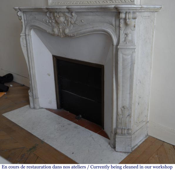Antique Louis XV style fireplace in White Carrara marble-6