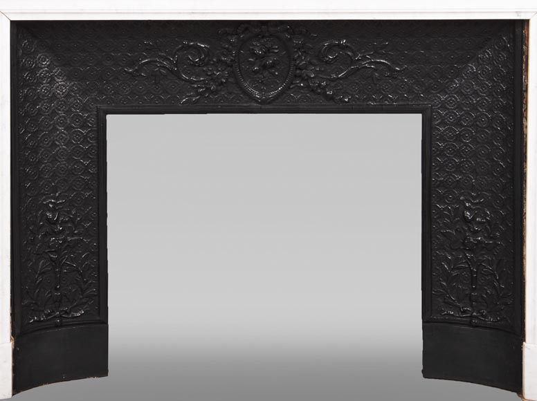 Antique Louis XVI style fireplace with rounded corners in Carrara marble-9