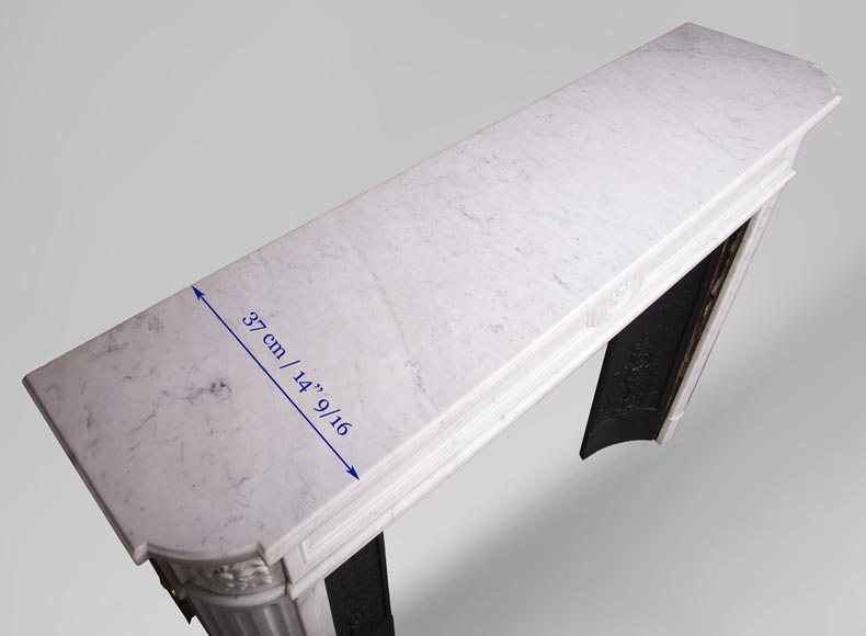 Antique Louis XVI style fireplace with rounded corners in Carrara marble-10