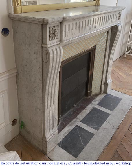Antique Louis XVI style fluted fireplace in Carrara marble-2