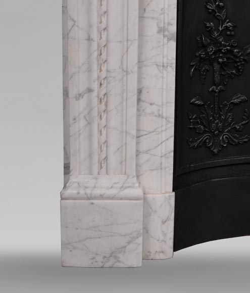 Antique Louis XVI style mantel in veined Carrara marble-4