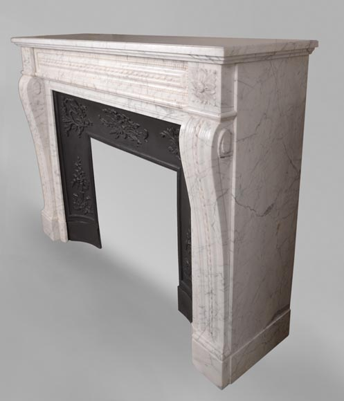 Antique Louis XVI style mantel in veined Carrara marble-5