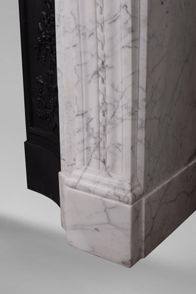 Antique Louis XVI style mantel in veined Carrara marble-7