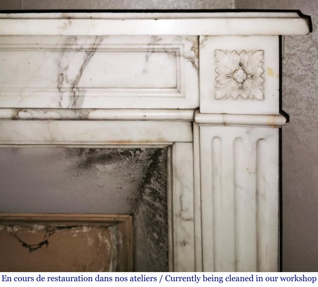Antique Louis XVI style fireplace with rosette in Arabescato marble-6