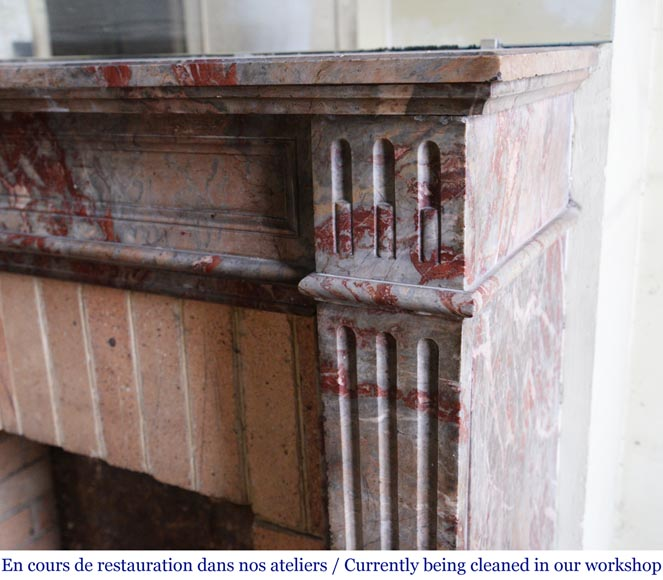 Antique Louis XVI style mantel in Enjugerais marble with its hearth floor-6
