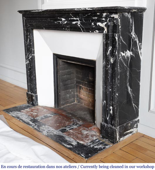 Antique Louis XIV style mantel in black Marquina marble.-5