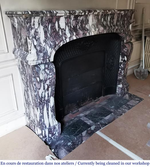 Important antique Regence style mantel in Violet Breccia marble, end of the 19th century-2