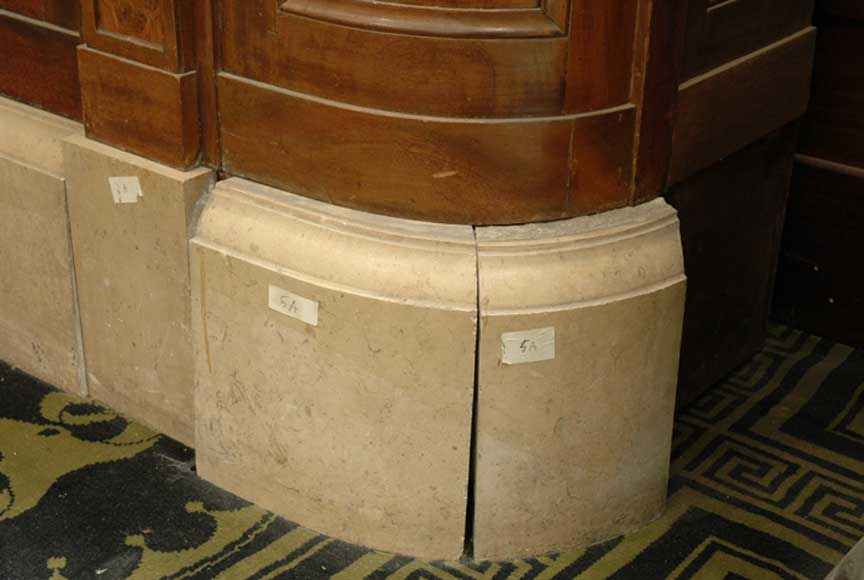 Antique Bank Counter Furnishings And Accessories