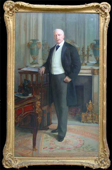 Standing portrait of the French President Félix Faure-0