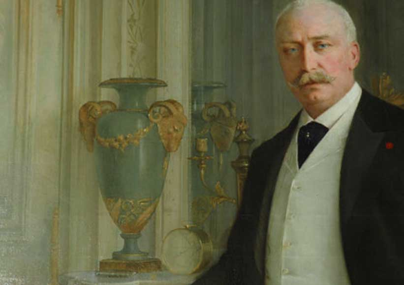 Standing portrait of the French President Félix Faure-6