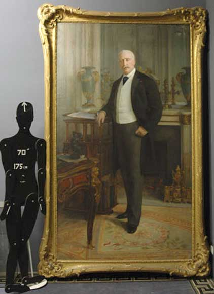 Standing portrait of the French President Félix Faure-9