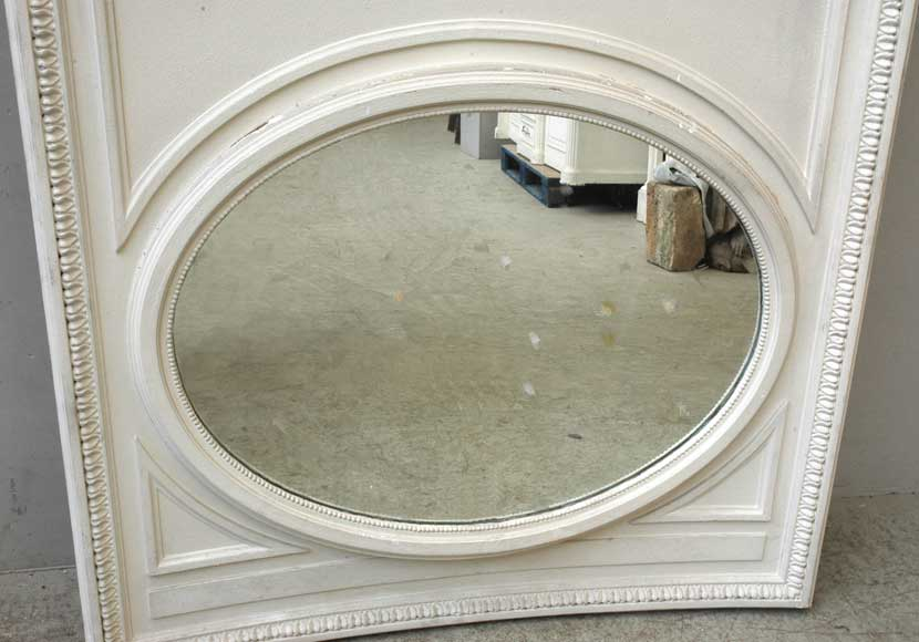 Curved Trumeau with oval shaped mirror-3