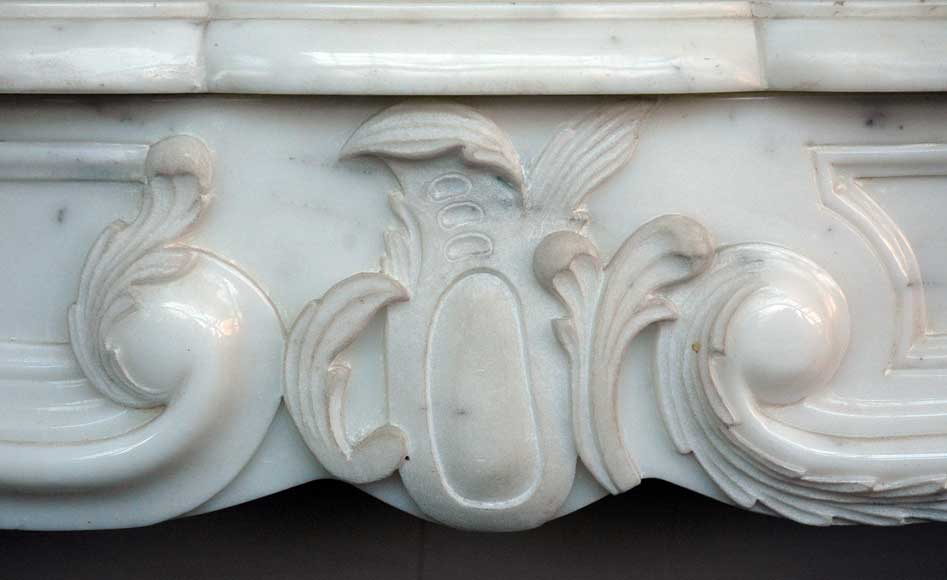 Semi-statuary marble mantel made in 1960-1