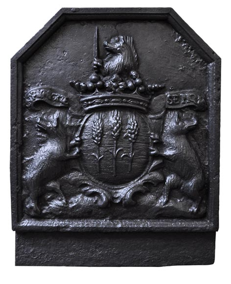 Antique cast iron Fireback with Berthet de Gorze family's coat of arms and with the family's motto