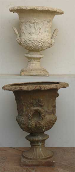 Pair of antique lead vases from the 19th century with putti-0