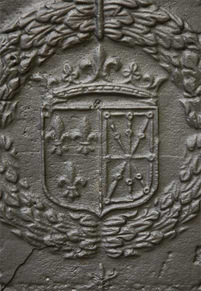 Antique cast iron fireback with France and Navarra coat of arms dated 1613-2