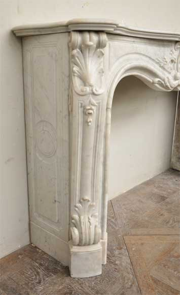 Exceptional Antique Louis Xv Style Fireplace In A White