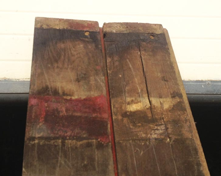 Antique wagon flooring with a surface area of 300 m2-12