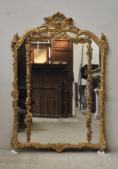 Antique Louis XV style trumeau mirror with floral decoration - Reference 9879