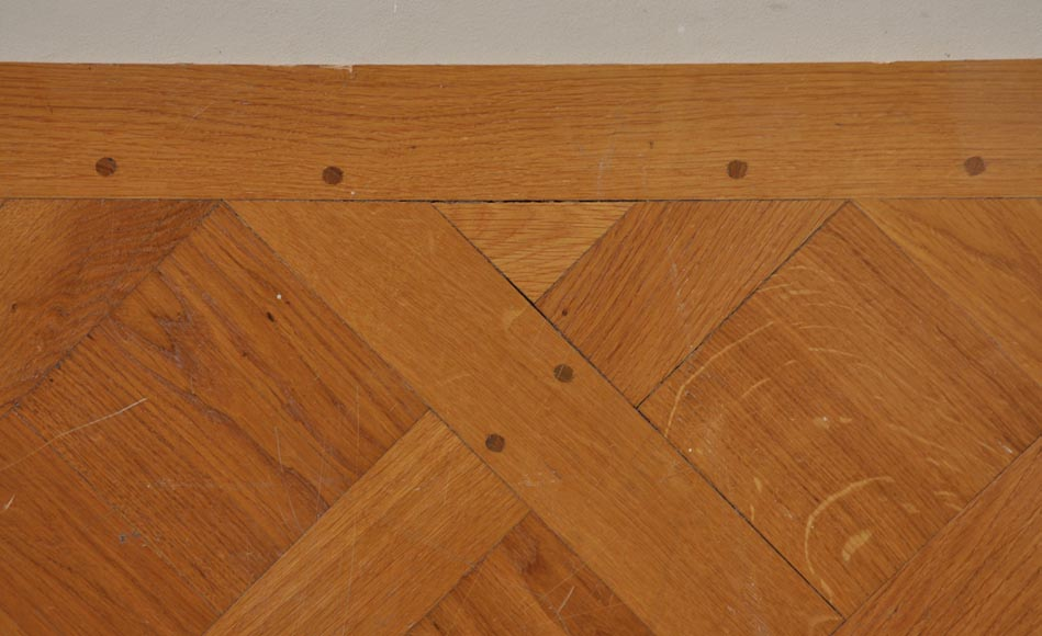 Versailles parquet floor fully pegged-2