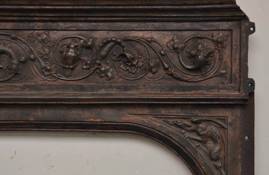 Fireplace cast iron insert, style Napoleon III, with grotesques and chimeras decoration-6