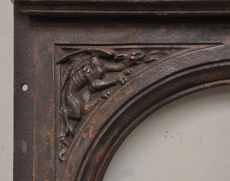 Fireplace cast iron insert, style Napoleon III, with grotesques and chimeras decoration-10