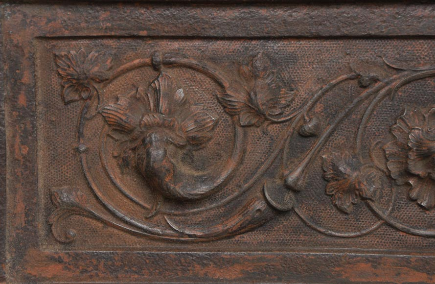 Fireplace cast iron insert, style Napoleon III, with grotesques and chimeras decoration-11